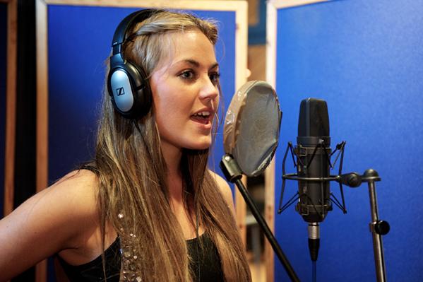 Amalie Szigethy synger igen! amalie szigethy,
