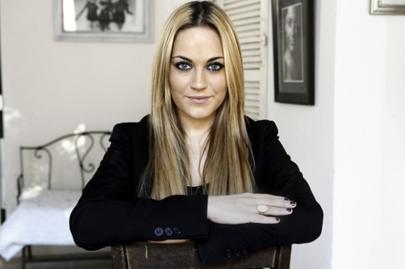 Amalie omvender Hollywood-bøsse! amalie szigethy,
