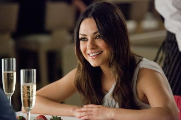 Mila Kunis: Bryllupsrejse i rummet! mila kunis, ashton kutcher,