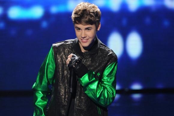Bieber sviner sit publikum! justin bieber,