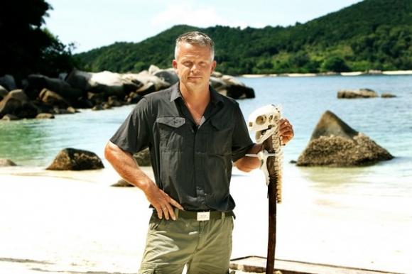 Backer: Robert er fantastisk! dovne robert, robinson ekspeditionen, backer