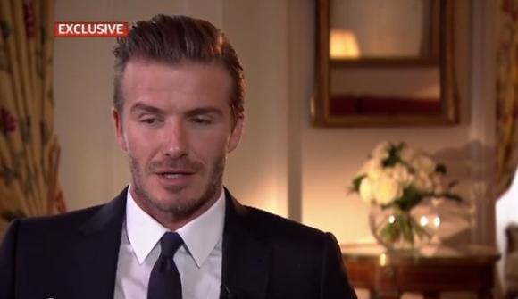 Beckham kører ind i kvindelig bilist! david beckham
