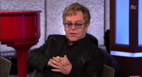 Elton: Realitystjerner burde myrdes! elton john
