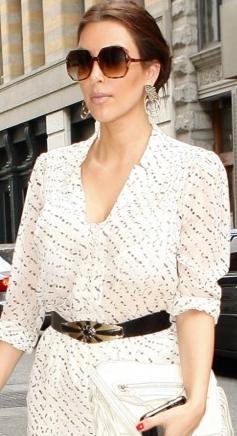 Smukke Kardashian har psoriasis ! kim kardashian, model, reality tv, gossip, psoriasis, tvguide.dk