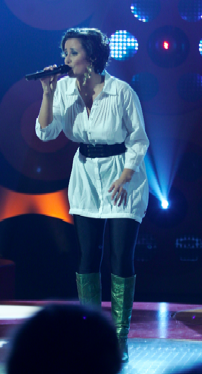 Julie Berthelsen er gravid ! Julie Berthelsen, popstars, gravid, gossip, tvguide.dk