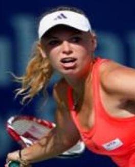 Følg Wozniackis drømmekamp ! CARoline Wozniacki, golf, tennis, kysser, tvguide.dk, gossip