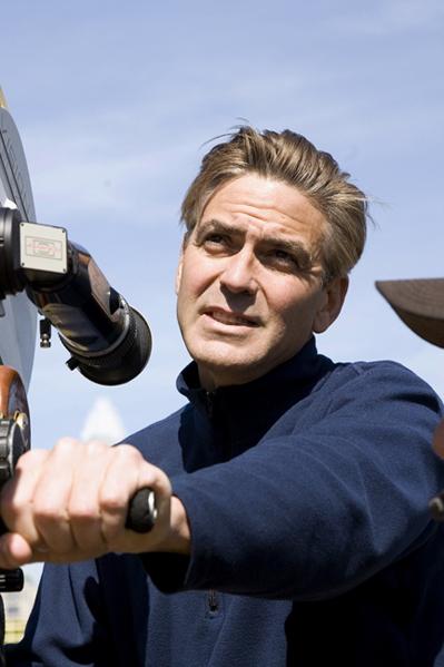 Clooney jagter nazisters stjålne skatte! George Clooney,