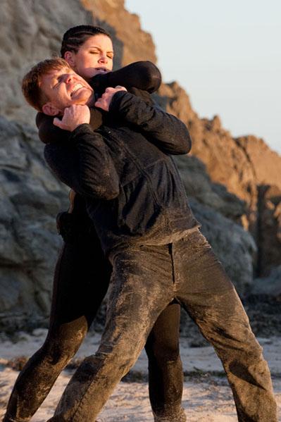 Ewan McGregor slår kvinde ned! Ewan McGregor, Gina Carano,