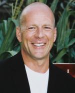 Bruce Willis scorer ung playboy-bunny Bruce Willis, playboy, Tamara Witmer