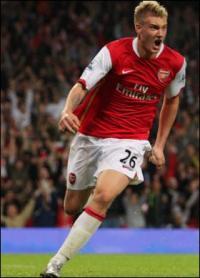 Nicklas Bendtner i stjernepækket Nike kampagne  Niclas Bendtner, Arsenal