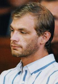 Sidney Lee besat af amerikansk seriemorder ! sidney lee
