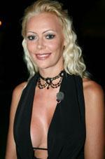 Susan K er single! Susan K, Paradise Hotel