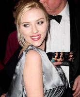 Pilou spiller overfor Scarlett Johansson! pilou asbæk, scarlett johansson
