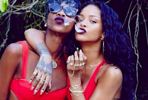 Rihanna: Vil stoppe med at ryge hash! Rihanna, sex, hash, nøgen, vogue