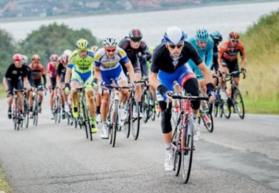 DR sender hele PostNord Danmark Rundt, direkte cykelløb, bjarne riis, rolf sørensen, sport, jørgen leth, post danmark rundt, tour de france,