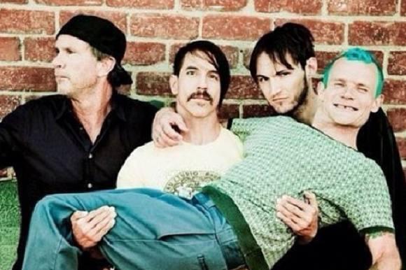 Chili Peppers flopper igen på Roskilde! Red Hot Chili Peppers, Roskilde Festival
