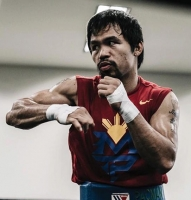 Mayweather varsler Pacquiao-rematch! Floyd Mayweather Jr., Manny Pacquiao