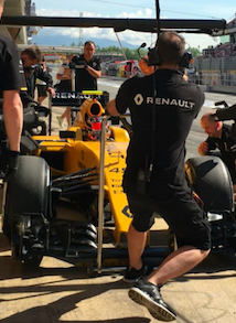Solid fredagstræning for Kevin Magnussen! Kevin Magnussen, F1, Renault, grandprix, Jolyon Palmer, Esteban Ocon