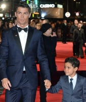 Video: Ronaldo viser sit luksushus frem! cristiano ronaldo, real madrid