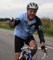 Jes Dorph styrtet i kendis-cykelløb! jes dorph-petersen, tour de tisvilde, casper christensen