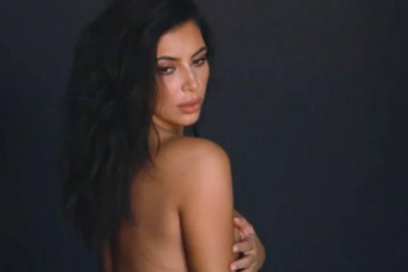 Kanye deler nøgenfotos af Kardashian! kanye west, kim kardashian