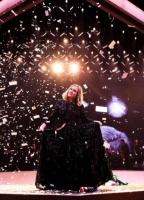 Adeles vanvittige nye Sony-kontrakt på 800 millioner! Adele, Sony, XL records