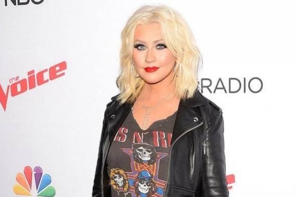 Wow: Se topløs Christina Aguilera! Christina Aguilera