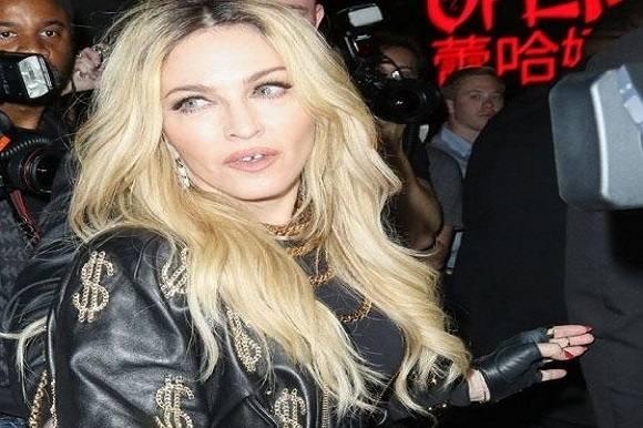 Rørt Madonna sang til sin savnede søn! Madonna