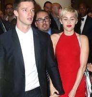 Miley dropper Schwarzenegger-søn! miley cyrus, patrick Schwarzenegger