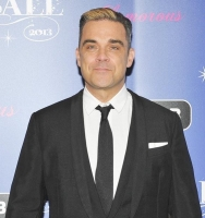 Robbie og kone meldt for sexchikane! robbie williams, ayda field