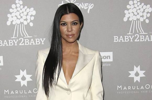 Kourtney deler fr�kt selfie! Kourtney Kardashian, the kardashians, selfie, leopard