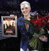 X Factor-Sarah gift med net-k�resten! x factor, dr