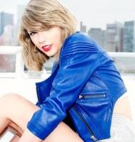 Officielt: Taylor Swift dater stjerne-dj! taylor swift, calvin harris