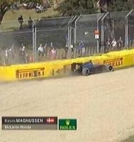 Magnussen forulykket i Melbourne! kevin magnussen, formel 1