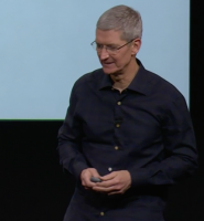 Apple-boss springer ud som b�sse! apple, tim cook