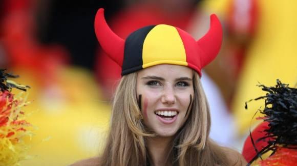 Ukendt VM fan fik modelkontrakt ! VM, fodbold, Axelle Despiegelaere, model,