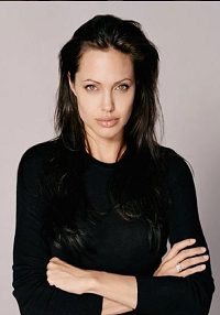 Drama hjemme hos Brad og Angelina! Angelina Jolie, Brad Pitt, barnepige