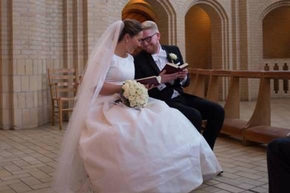 Komiker stressede op til bryllup! Nikolaj Stokholm Mussemor Isabella Jøhnke bryllup