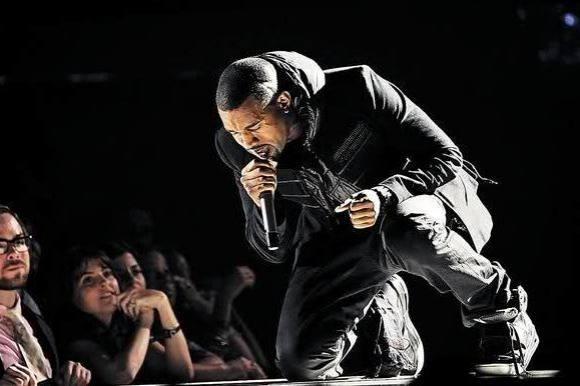 Mega-bummert af Kanye ved koncert! kanye west