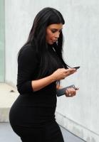 Kim Kardashian bliver ved med at tage på! Kim Kardashian