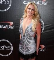 Britney scorer eksen bedste ven! britney spears, cade hudson