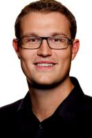 Politiker til Linse: Du er h�bl�s! Linse Kessler, familien fra bryggen, socialdemokraterne, Christian Rabjerg Madsen