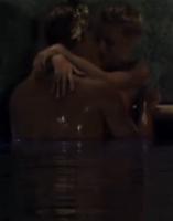 Video: Nyt par dyrker sex på Paradise! Paradise Hotel, 2014, sex, Henrik, Kimie, TV3
