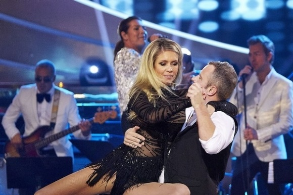Karina danser efter brystoperation! Karina Frimodt, Vild med dans, musical