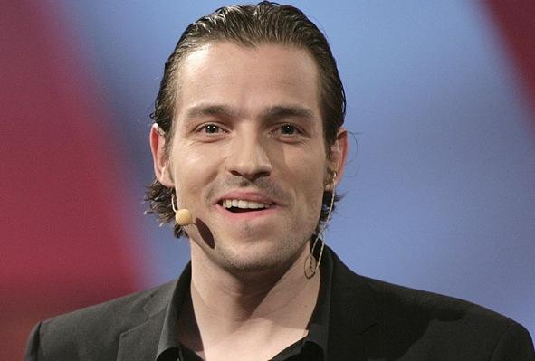Adam Duvå Hall vært i nyt realityshow på TV3 ! ADAM DUVÅ HALL,reality, Paradise Hotel,