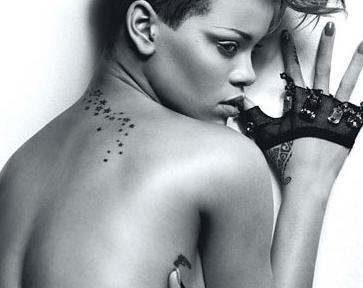 Halvnøgen Rihanna sat på plads ! Rihanna, sado-sex, sex, tvguide.dk, gossip