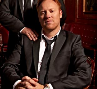 De Sorte Spejdere: Værter på DMA 11 ! Anders Breinholdt, Anders Lund Madsen, DMA