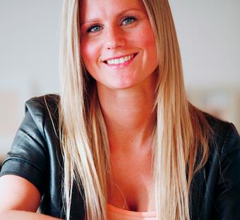 Putte: Super glad for de nye bryster ! Singleliv, stripper, biseksuelle, gossip, kanal 4, tvguide.dk