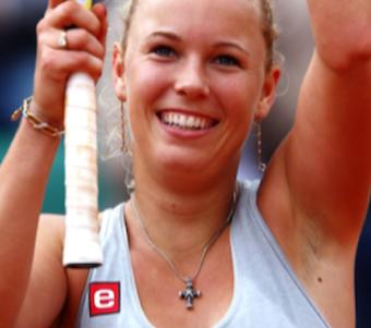 Caroline i long-distance forhold ! Caroline Wozniacki, golf, tennis, kysser, tvguide.dk, gossip