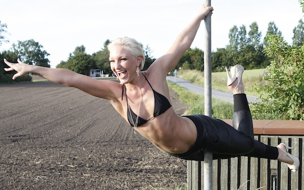 Stine Kronborg nu stripper i Sydney ! Stine Kronborg,